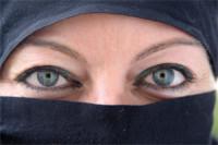 Araber, Burkas und Manolo Blahniks...